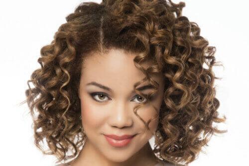 Curly faiza beauty cream